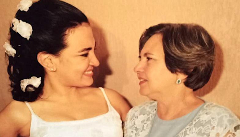 Eu, minha mãe e a Hebe
