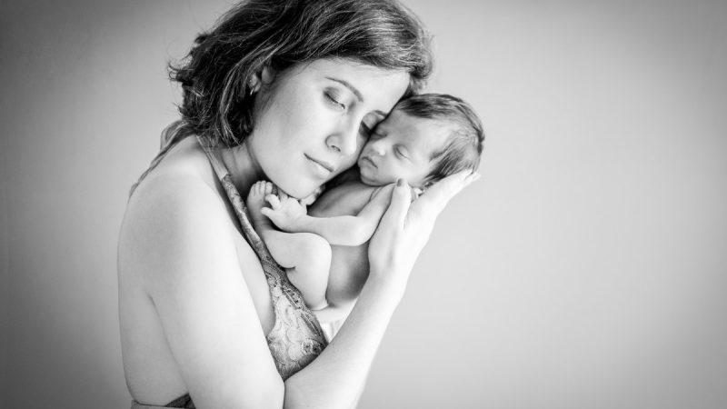 Prestem atenção nas mães, elas são vitais para os seus bebês
