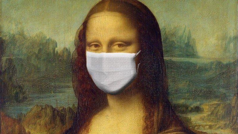 Foto do quadro da Monalisa usando máscara cirúrgica