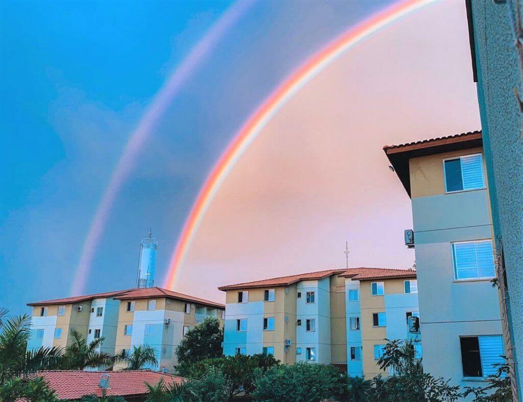 Foto de arco-íris em Palmas, Tocantins, que ilustra texto sobre ressignificação