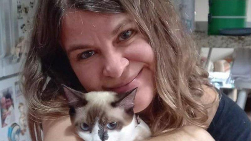 """Rosângela Rezende escreve sobre """"Amor felino"""""""