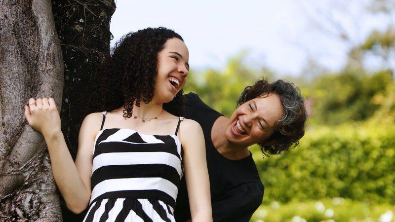 Taciana escreve sobre pedido da filha para aprender a bordar