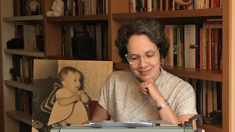 Taciana Collet escreve sobre a máquina de escrever que era do seu pai